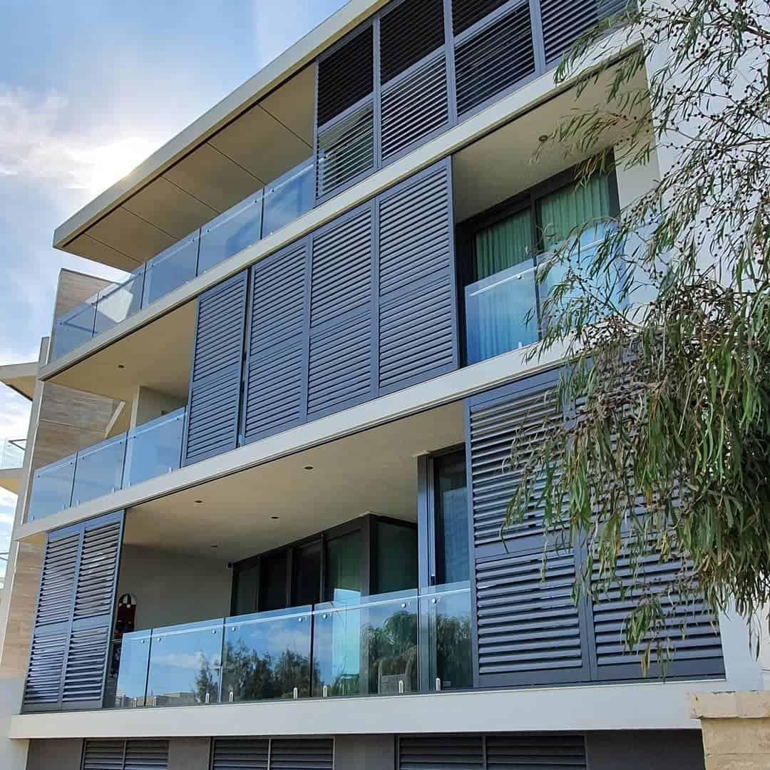 Outdoor Temporary Wall Ideas 3 -sunliteaustralia