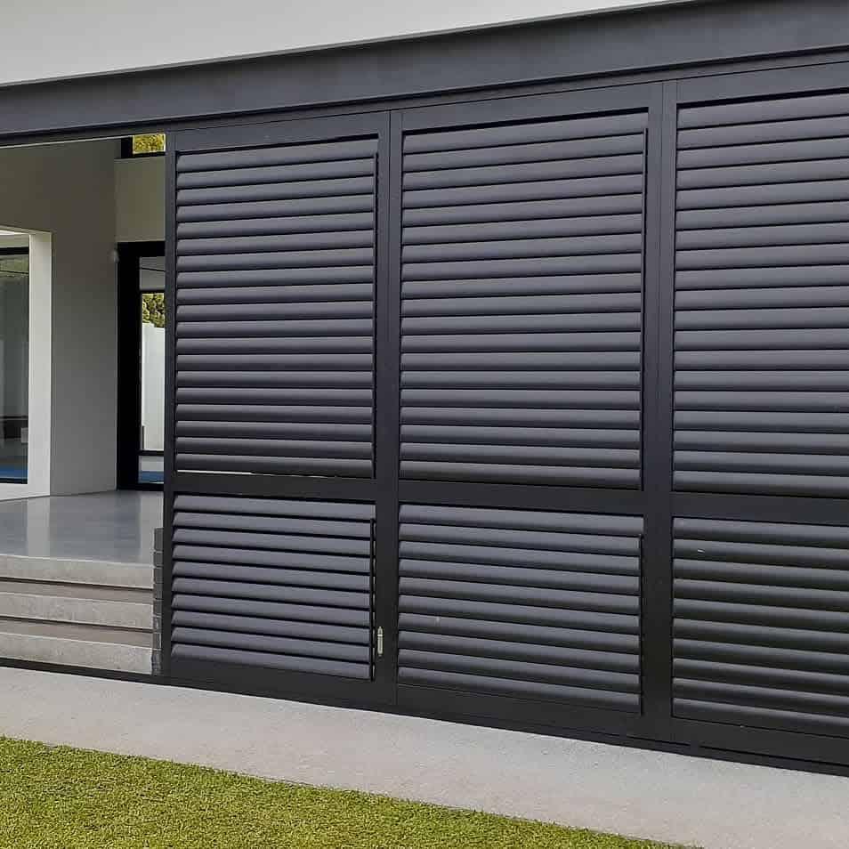Outdoor Temporary Wall Ideas -sunliteaustralia