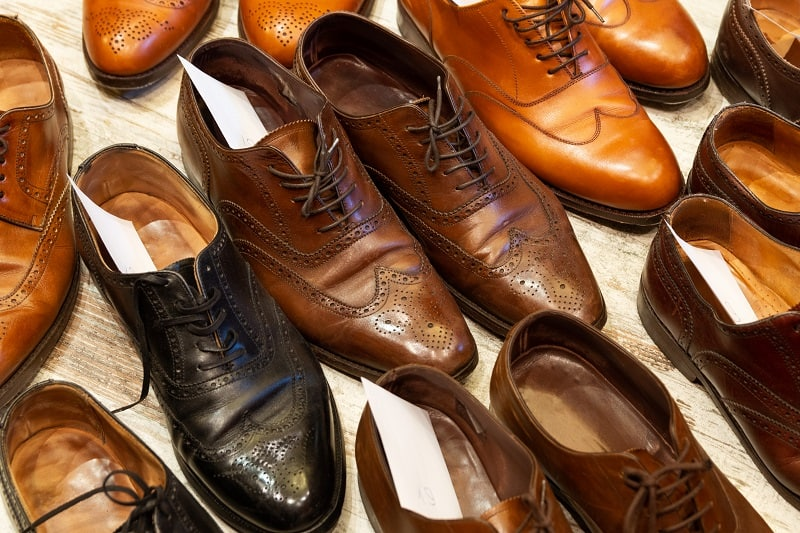 Oxfords vs. Brogues: Everything You Need To Know