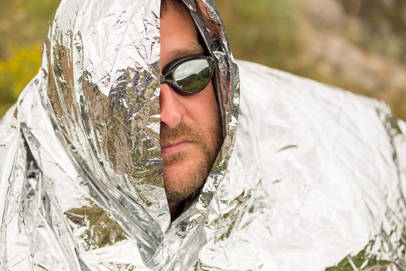 Pack-a-Mylar-Blanket-Tactics-And-Techniques-To-Master-Wilderness-Survival