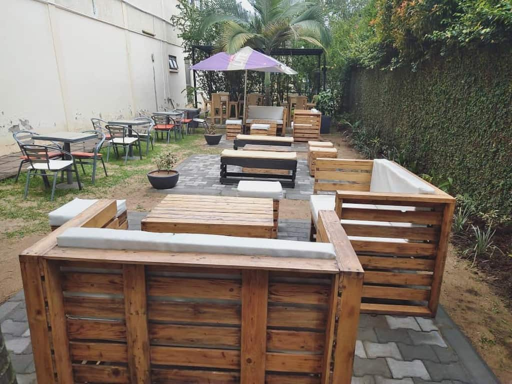 Pallet DIY Backyard Ideas -labanorbistro