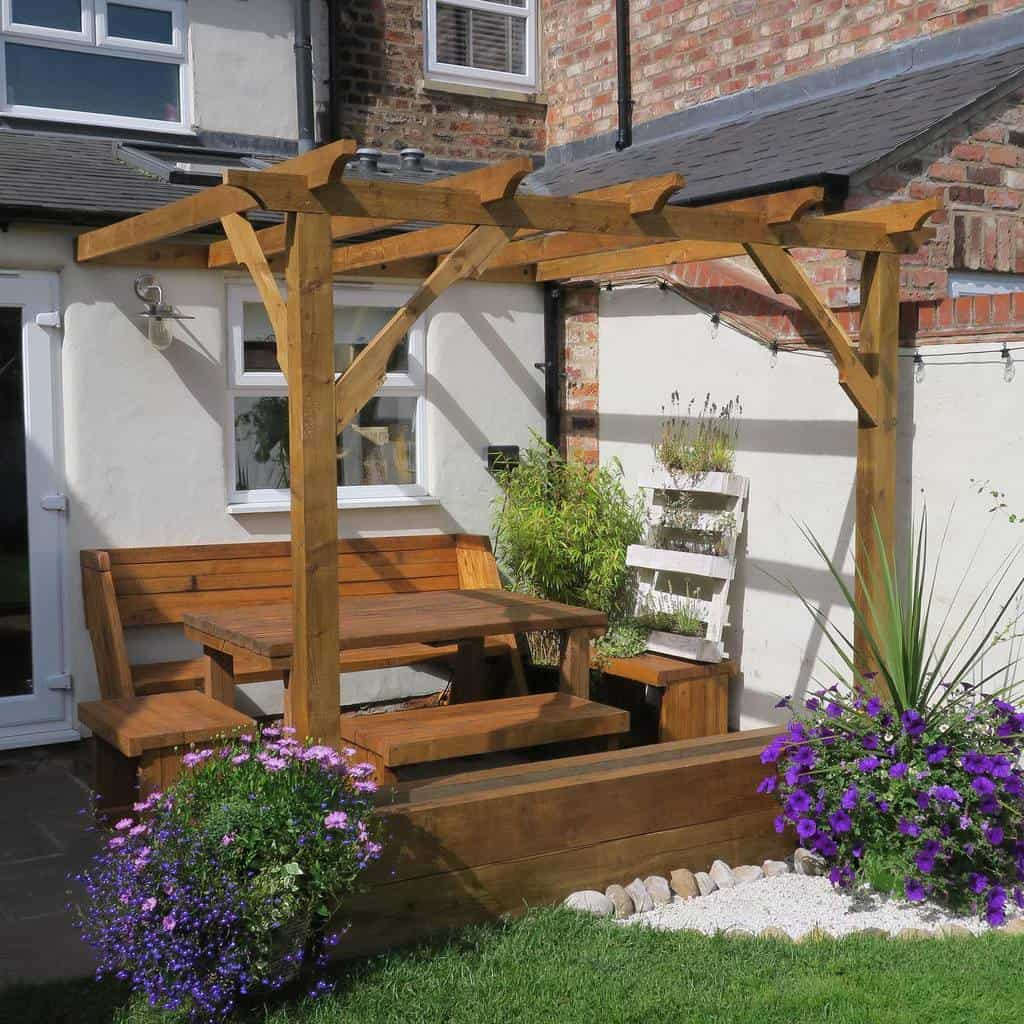 Pergolas DIY Backyard Ideas -bespokeprojects_byeddie
