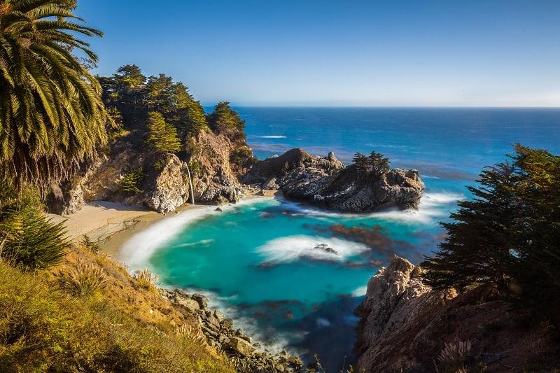 Pfeiffer-Beach-Big-Sur-California