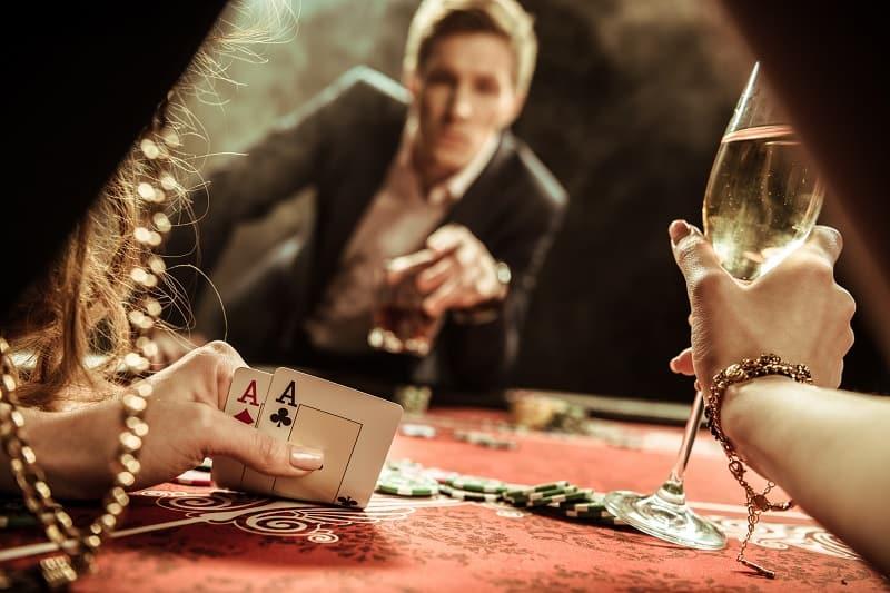 Poker-Best-Hobbies-For-Men-In-Their-20s