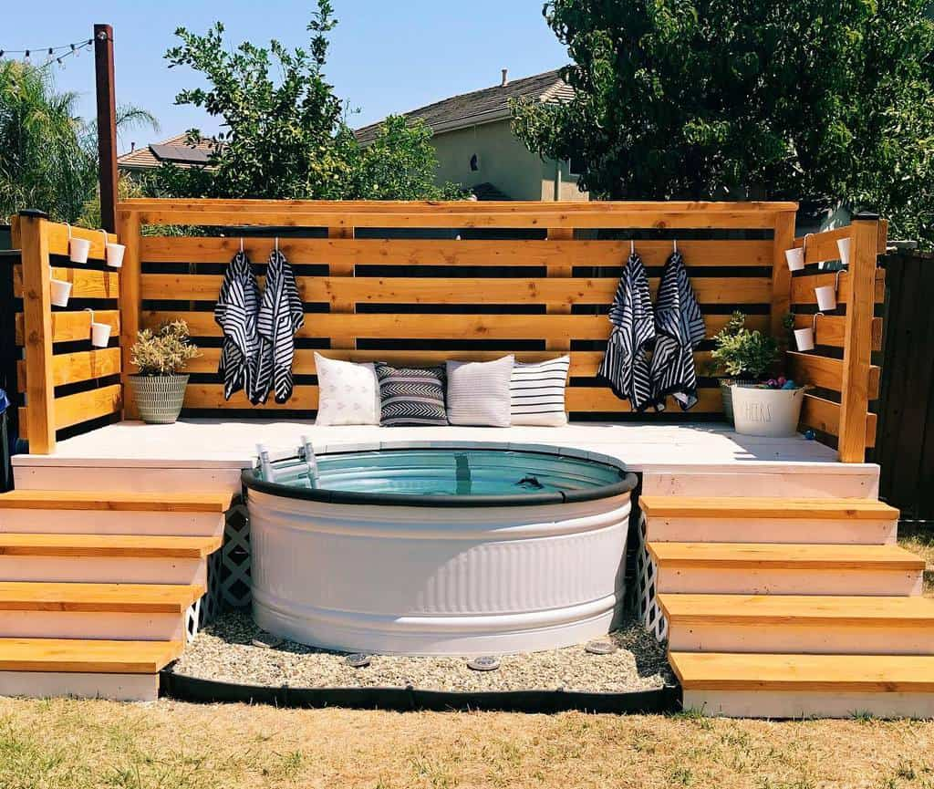 Pool DIY Backyard Ideas -mrsmamabritt