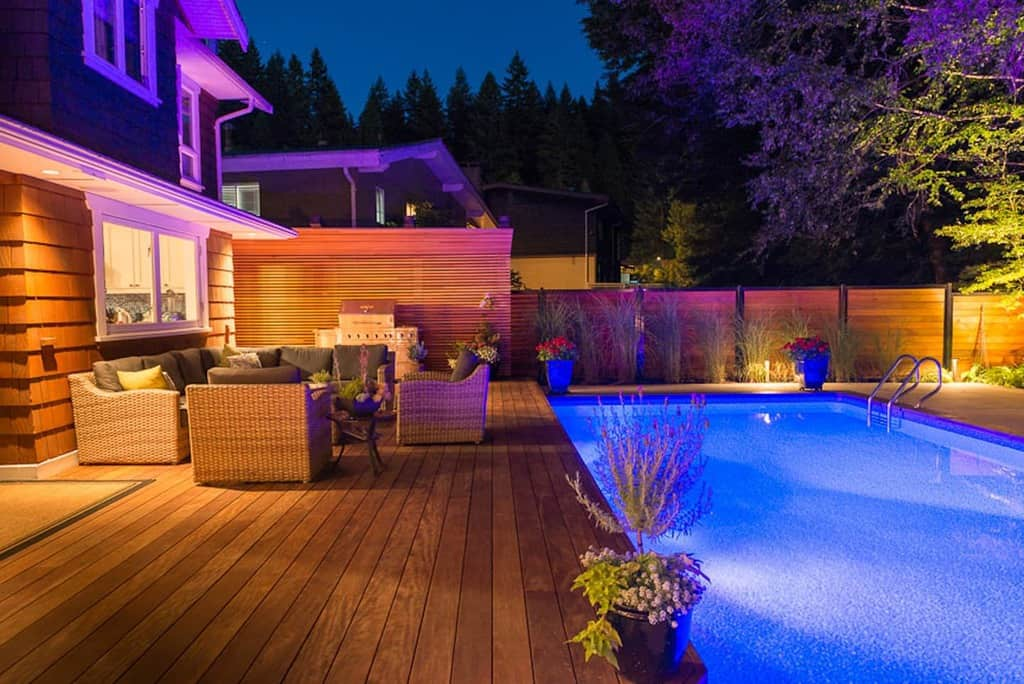 Pool Deck Privacy Ideas -insideout_designbuild