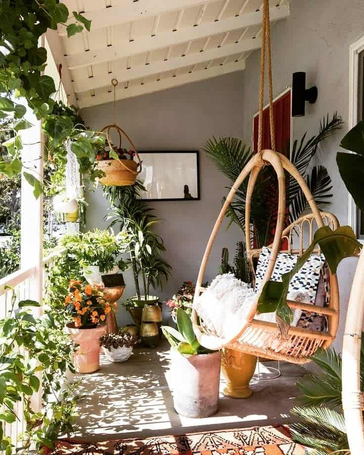 Porch Deck Decorating Ideas -_planterino