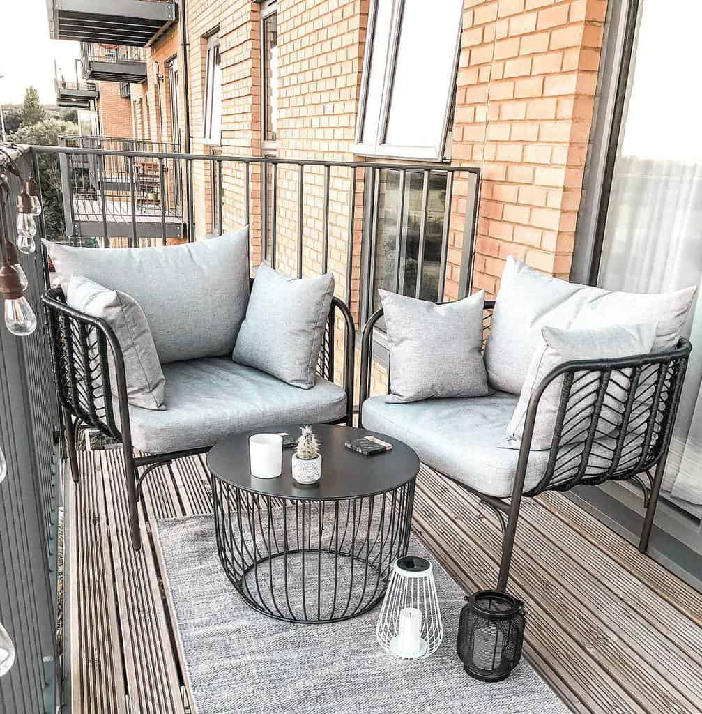 Porch Deck Privacy Ideas -thefrankiehome