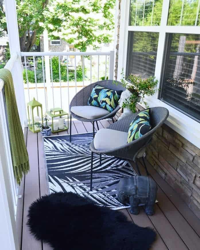 Porch Deck Privacy Ideas -vintagemeetsglamdecor