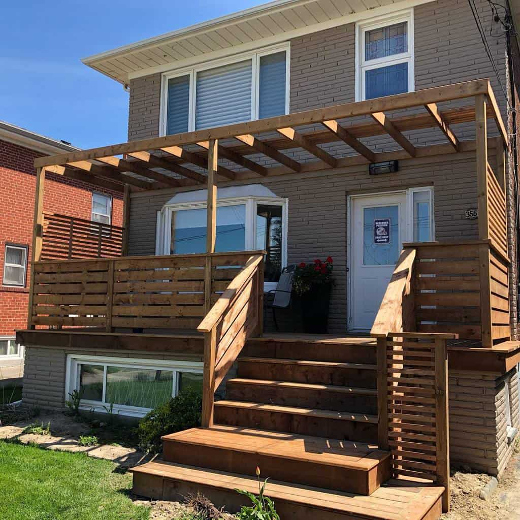 Porch Deck Privacy Ideas -wolfhoundconstruction