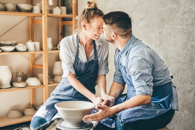 Pottery-Best-Hobbies-For-Couples