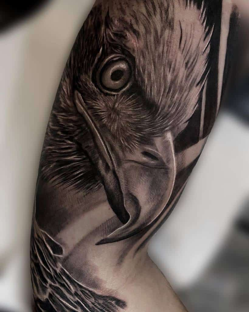 Realistic Eagle Head Tattoo cao.tattoo