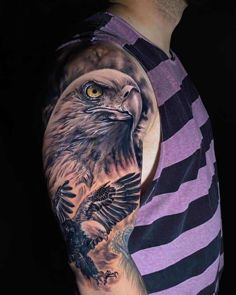 Realistic Eagle Head Tattoo lrossinholi