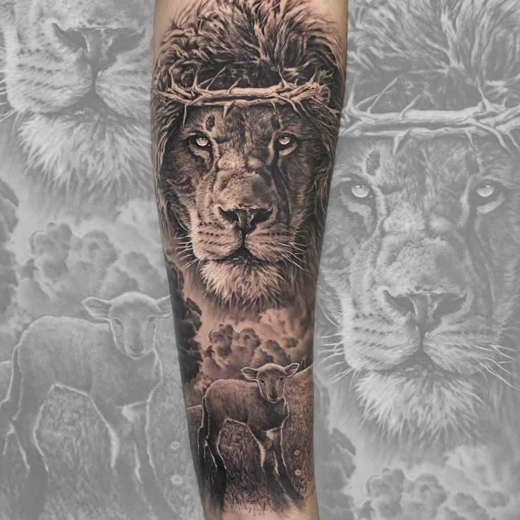 Realistic Lion and Lamb Tattoo marcosptorre.tattoo