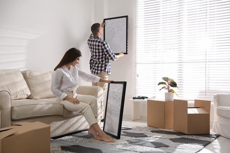 Redecorate-a-Room-in-Your-Home-Together-To-Keep-The-Romance-Alive