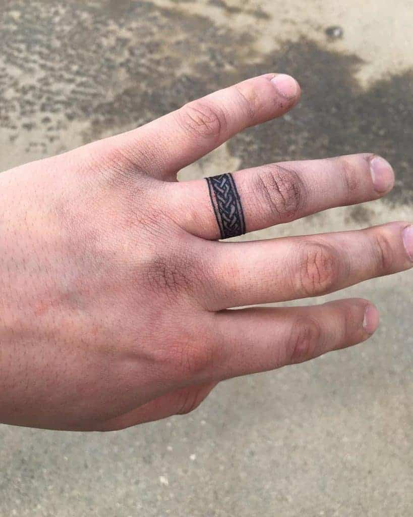 Replica-ring-tattoo-dwightlightning69-1229×1536