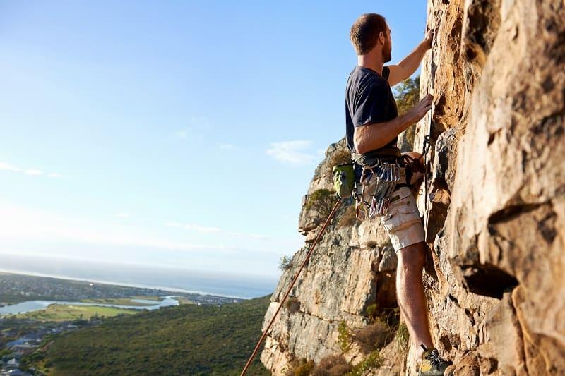 Rock-Climbing-Best-Hobbies-For-Men-In-Their-20s