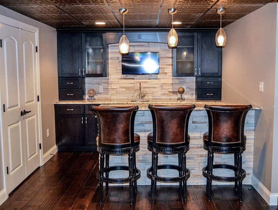 Rustic Basement Bar Ideas room_remedies