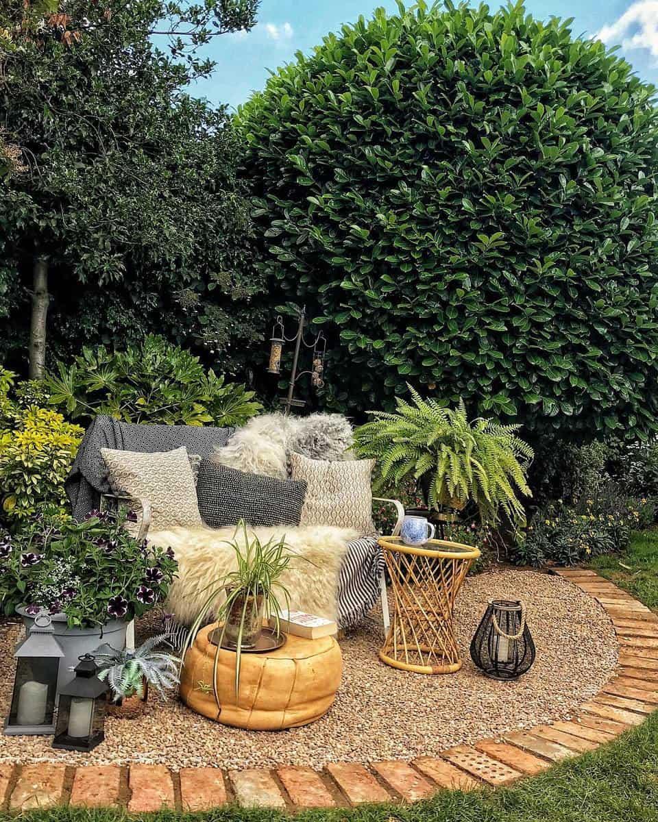 Rustic Garden Bench Ideas -deb_at_no_70