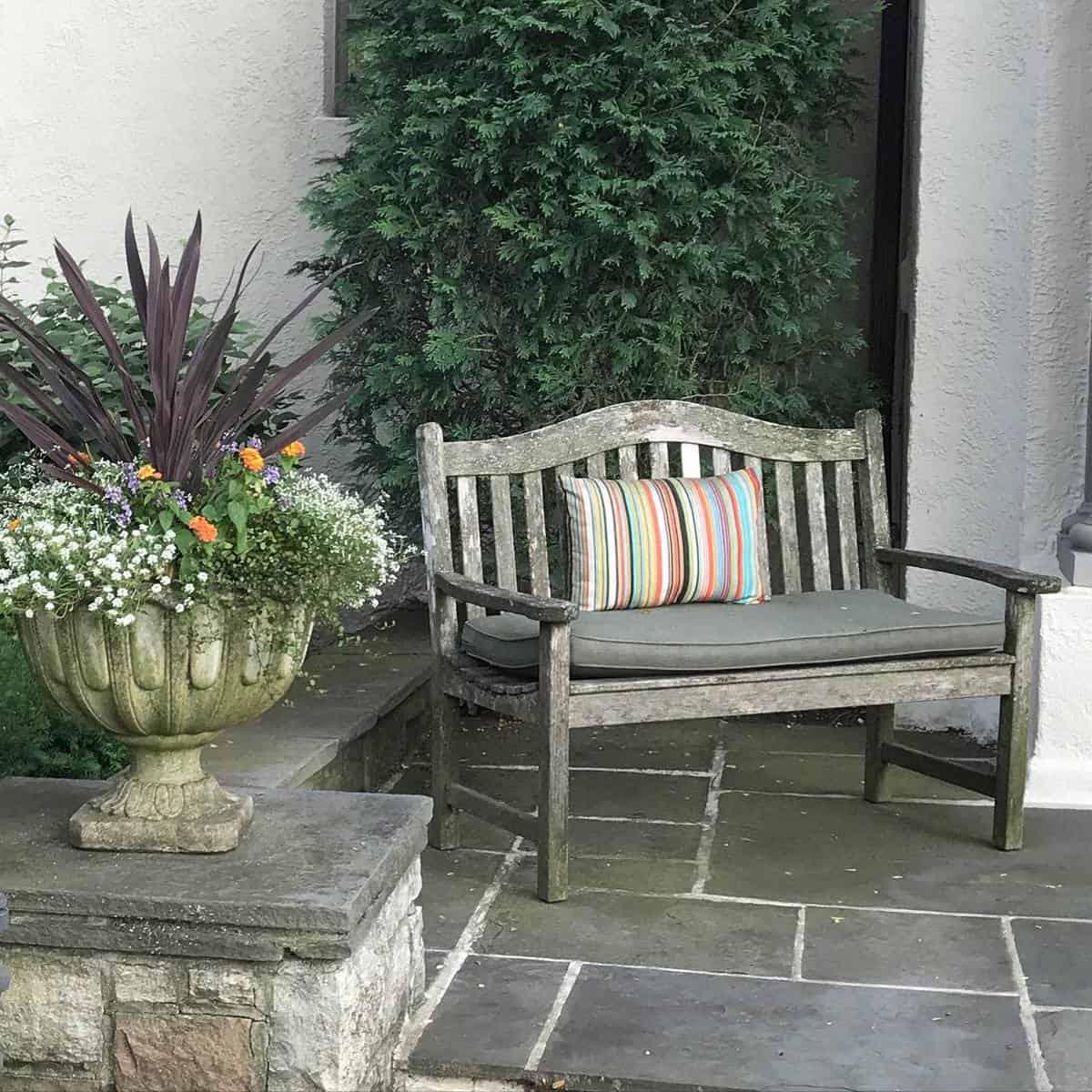 Rustic Garden Bench Ideas -i_love_winnetka
