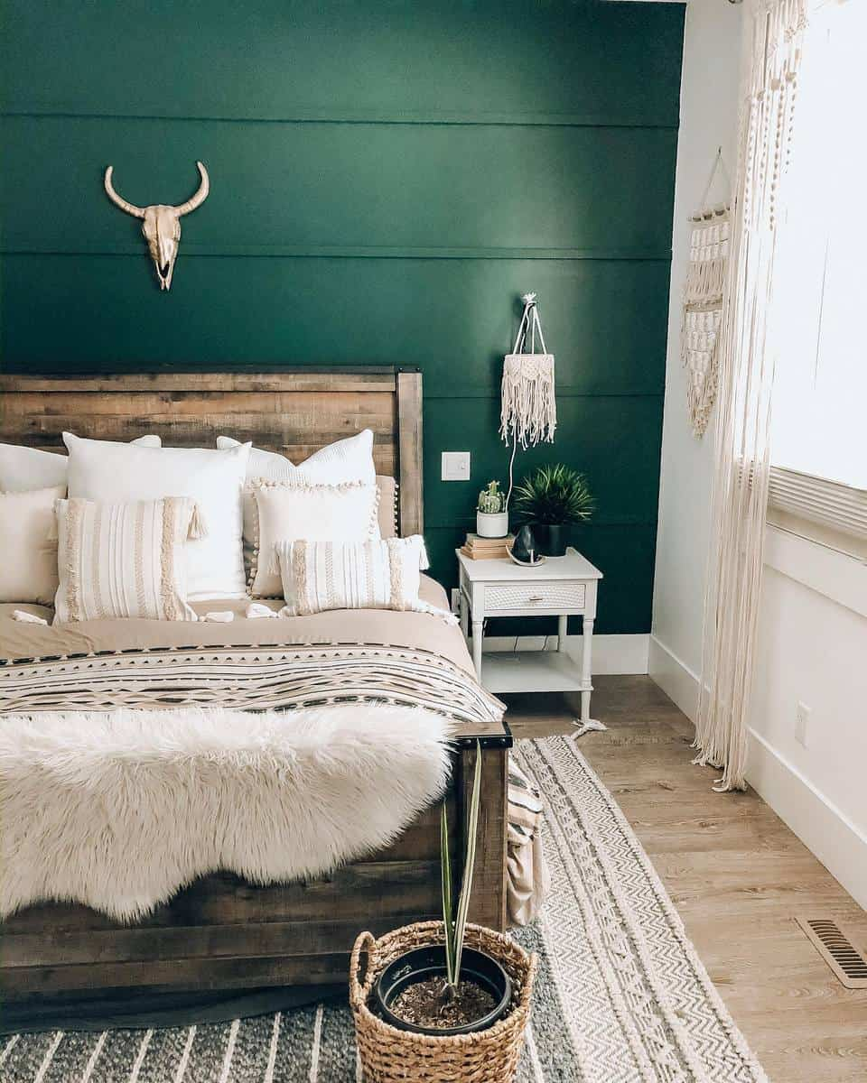 Rustic Green Bedroom Ideas -smalltownstyleme