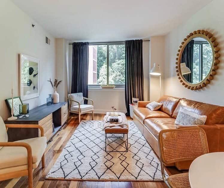 Rustic Living Room Carpet ideas -milesquaredesign