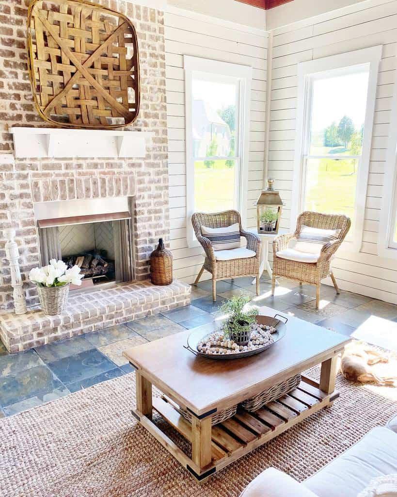 Rustic Sunroom Furniture Ideas jennifersusanstyle