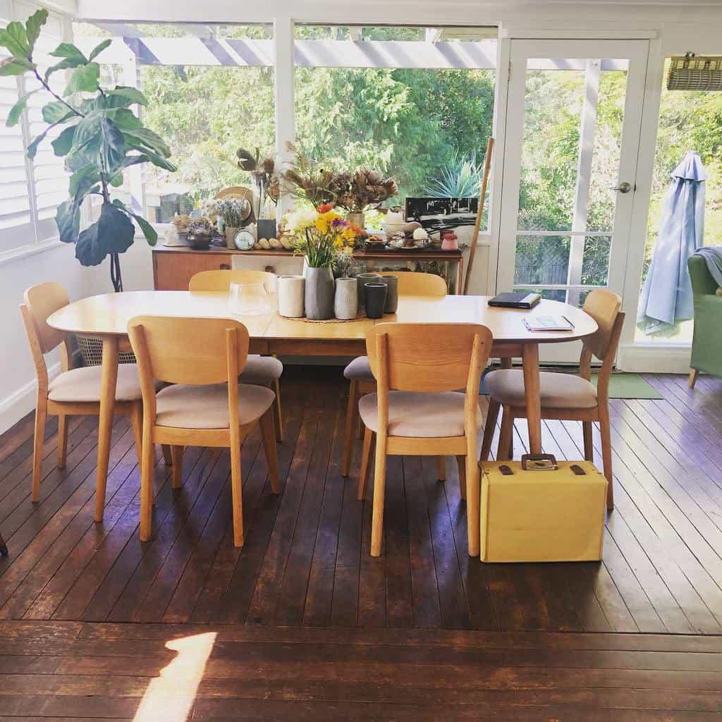 Rustic Sunroom Furniture Ideas jennineprimmer