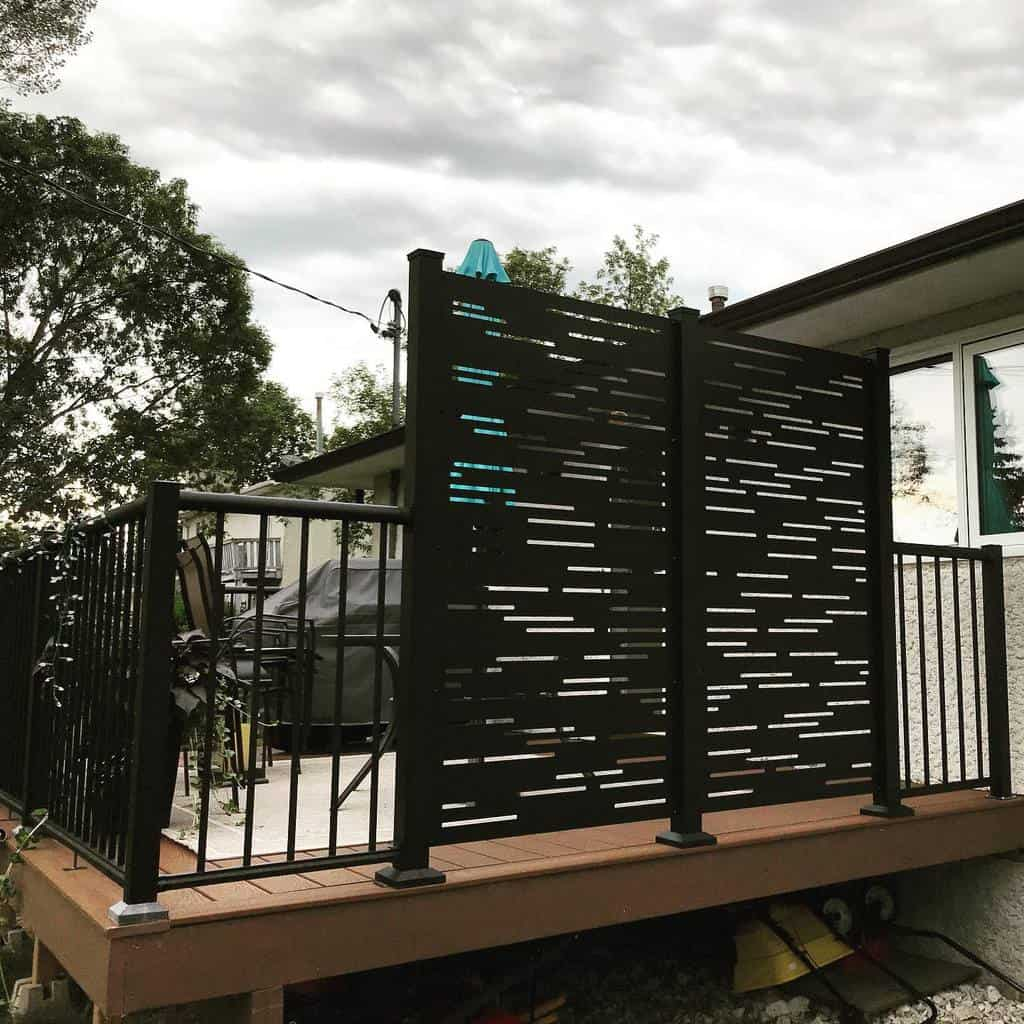Screen Deck Privacy Ideas -ccc_construction