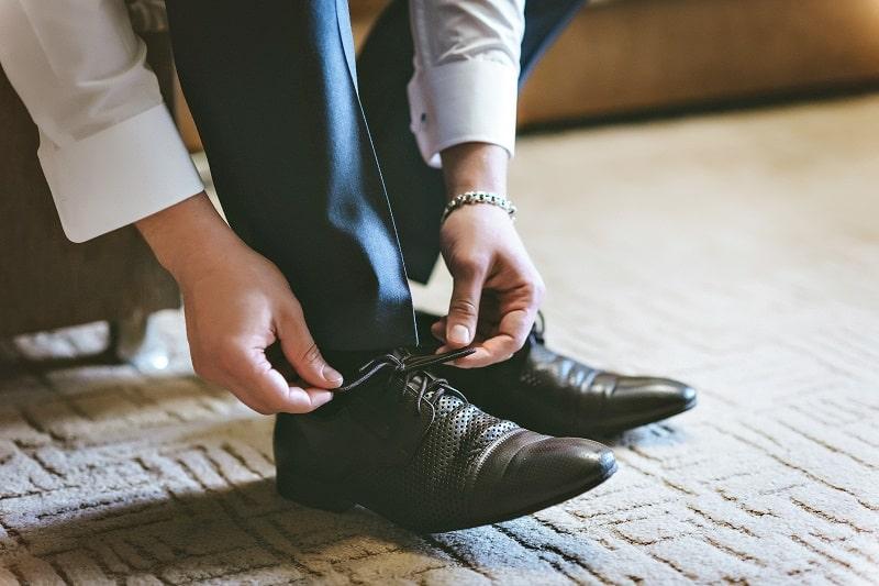 Shoes-Tuxedo-vs.-Suit