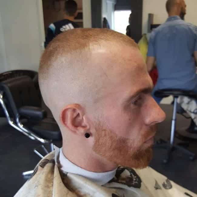 Short Hair Matched With A Skin Fade. A Great Look For Guys In Their Initial Stages Of Balding