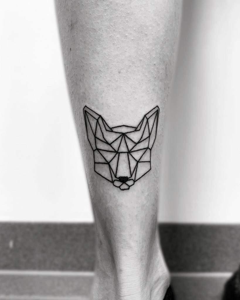 Simple Geometric Fox Tattoo elli.wonderlea