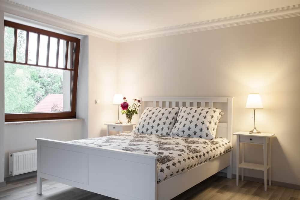 Simple Interior Minimalist Bedroom Ideas (4)