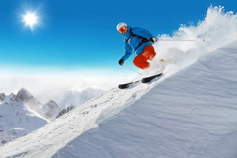 Skiing-and-Snowboarding-Hobbies-For-Men