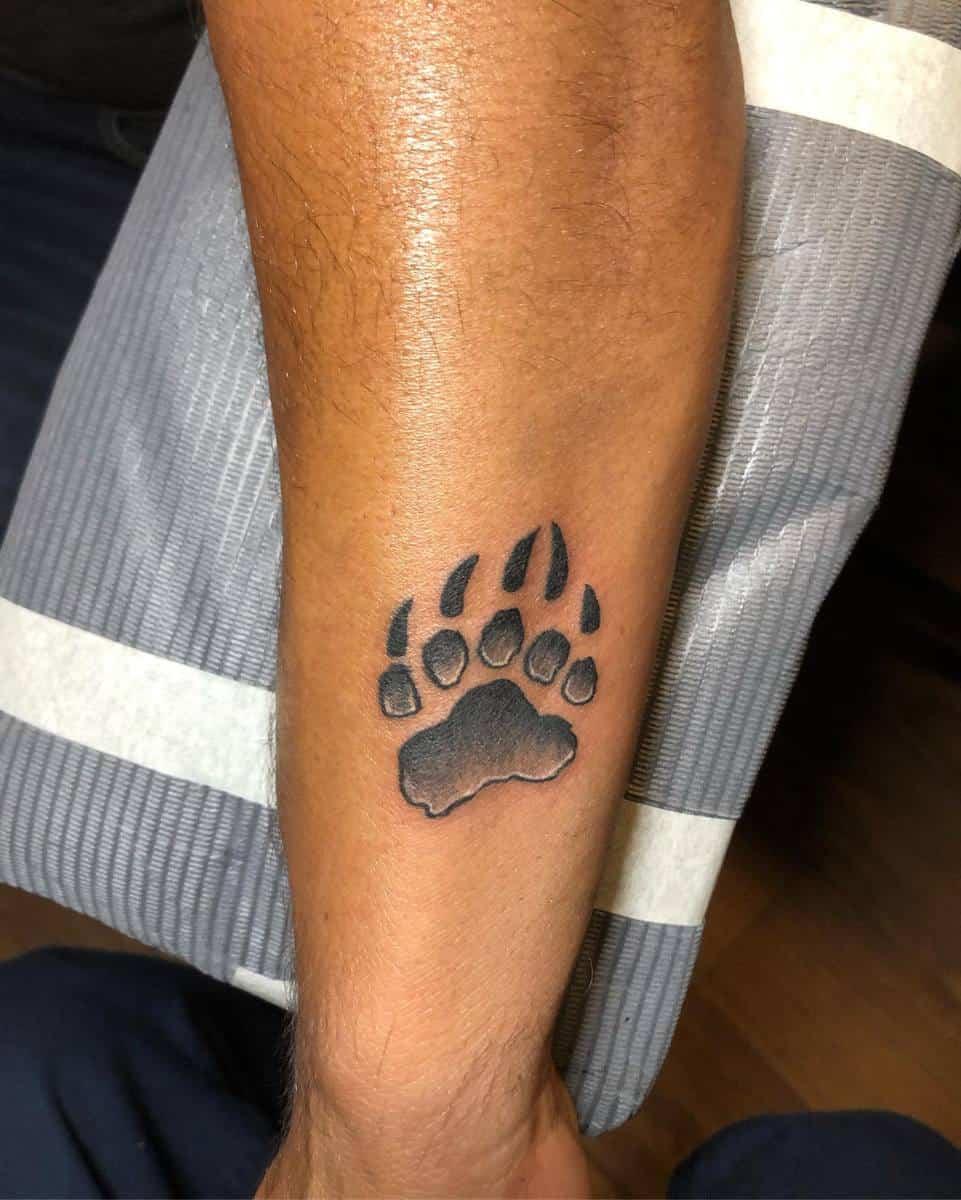 Small Bear Paw Tattoo el.chido.guan