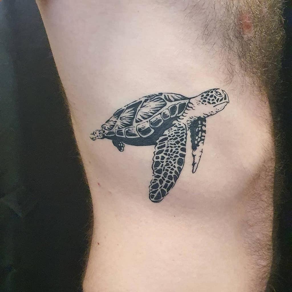 Small Black Turtle Tattoos estellehediger