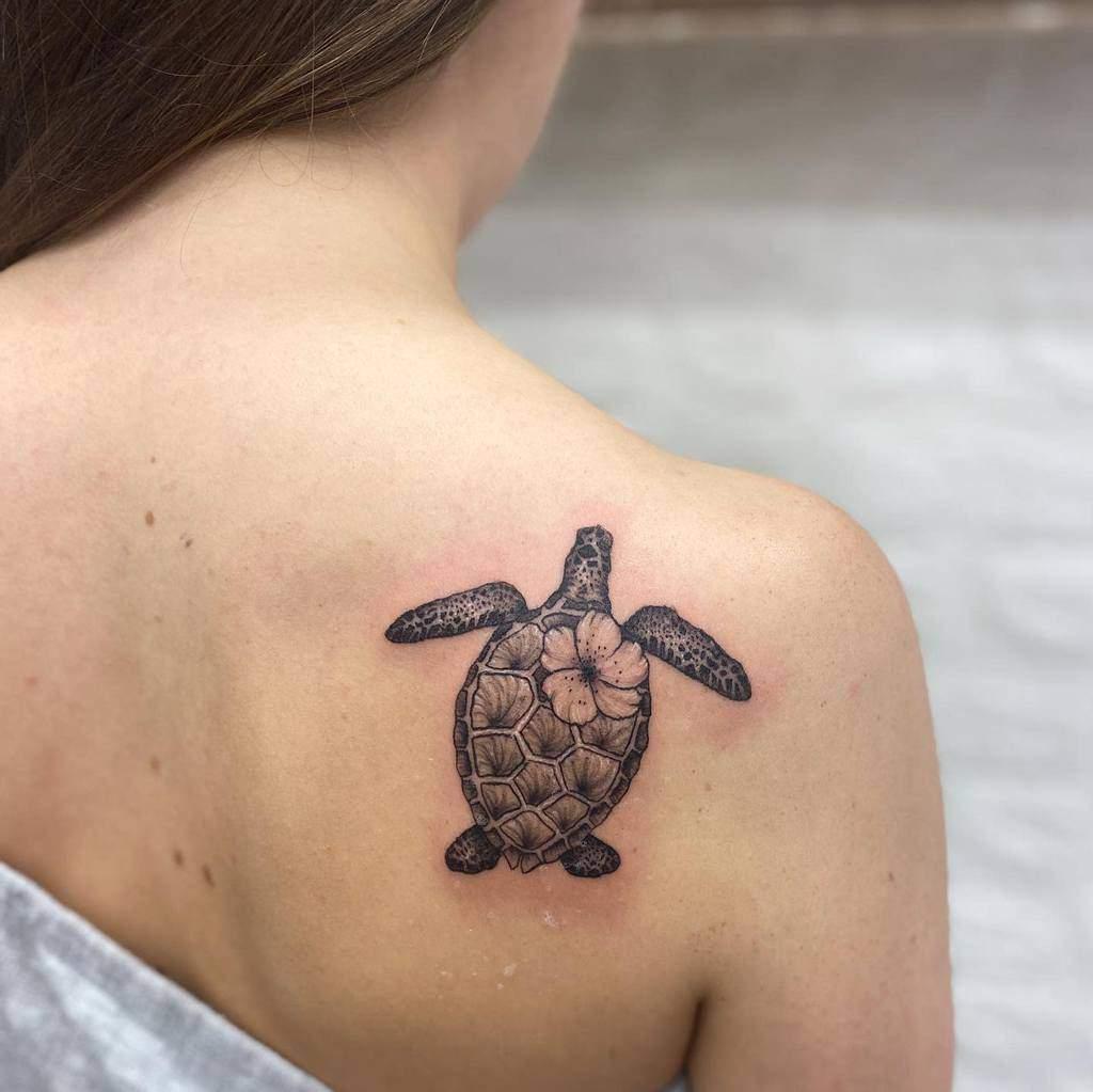 Small Black Turtle Tattoos harriemeryink