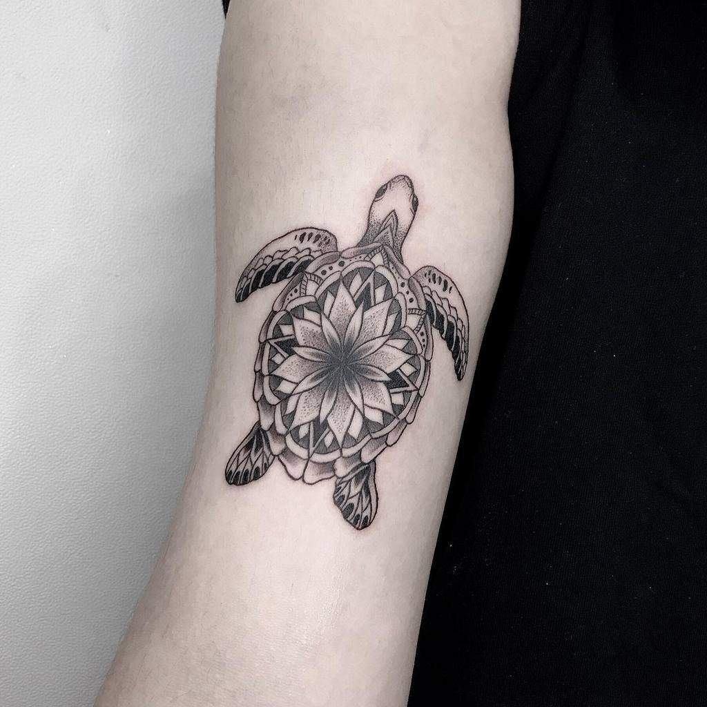 Small Black Turtle Tattoos joinn_tattooer