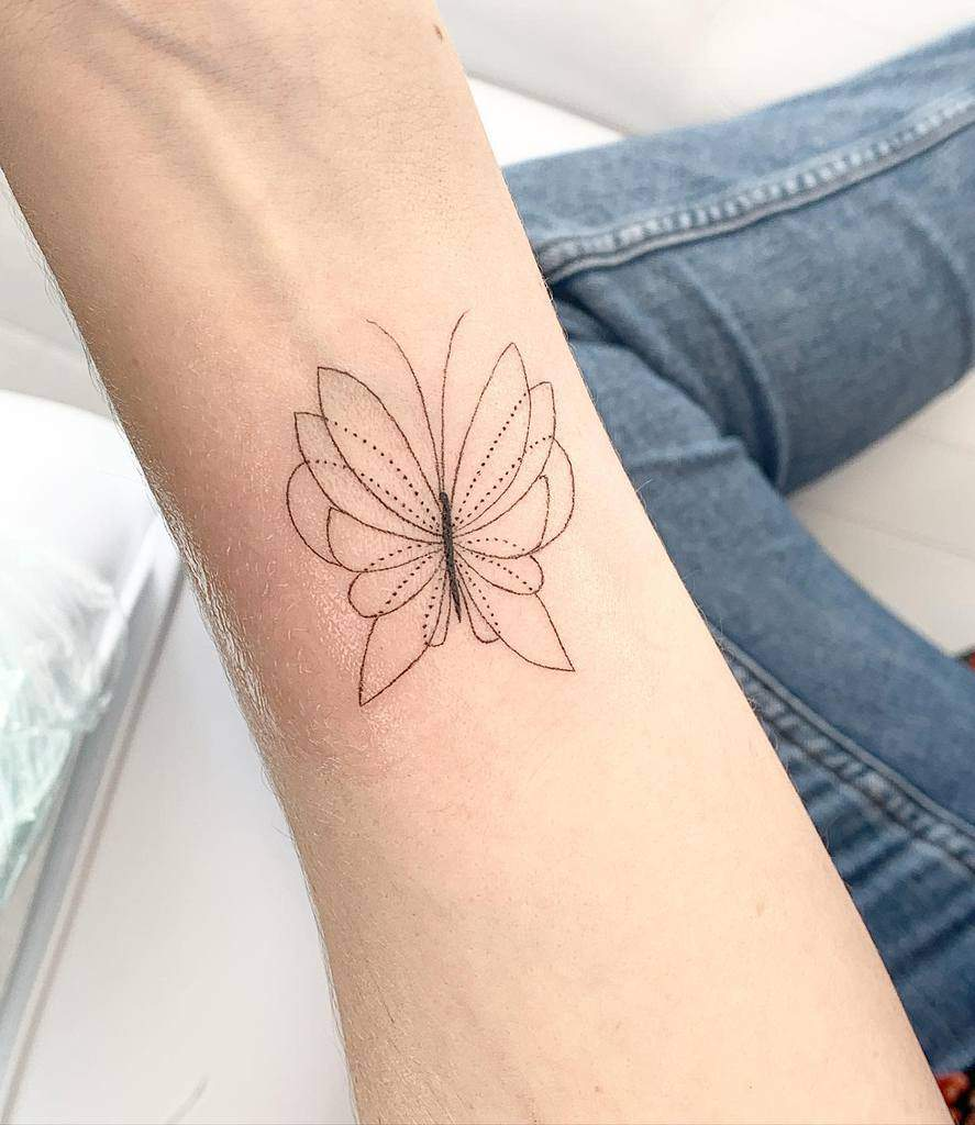 Small Butterfly Forearm Tattoos Feminink