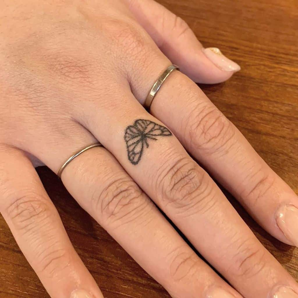 Small Butterfly Hand Finger Tattoos Tattooer Donggle