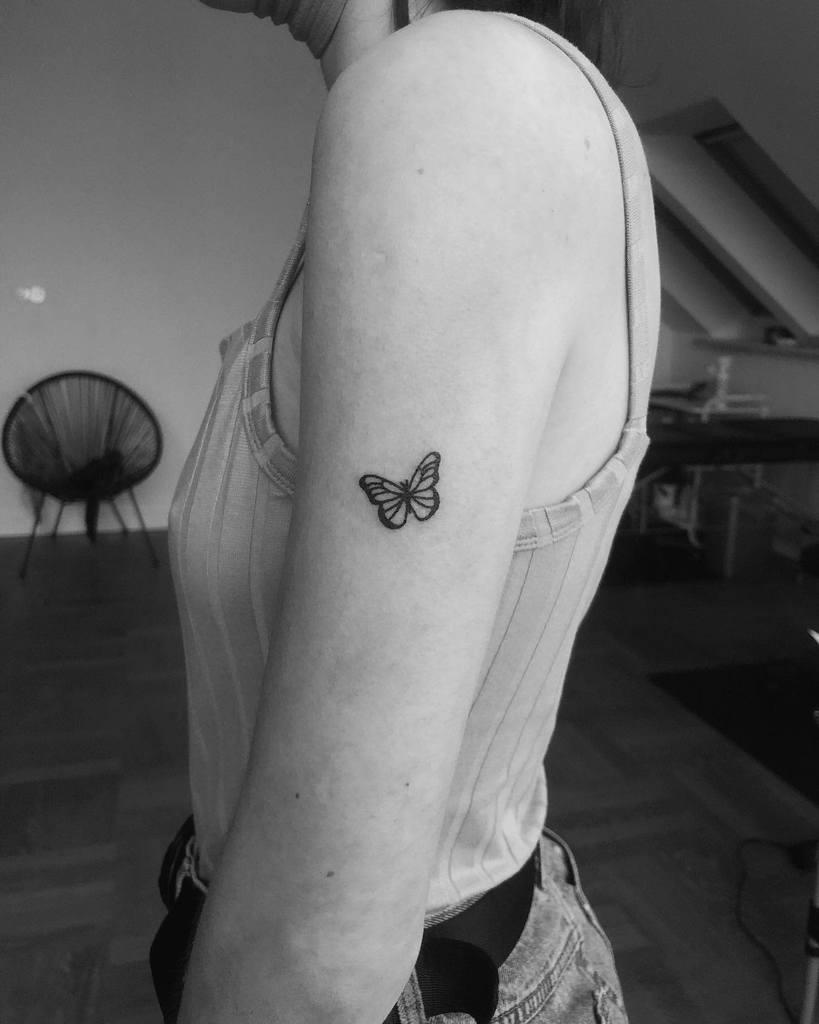 Small Butterfly Tattoo sietatuujeee