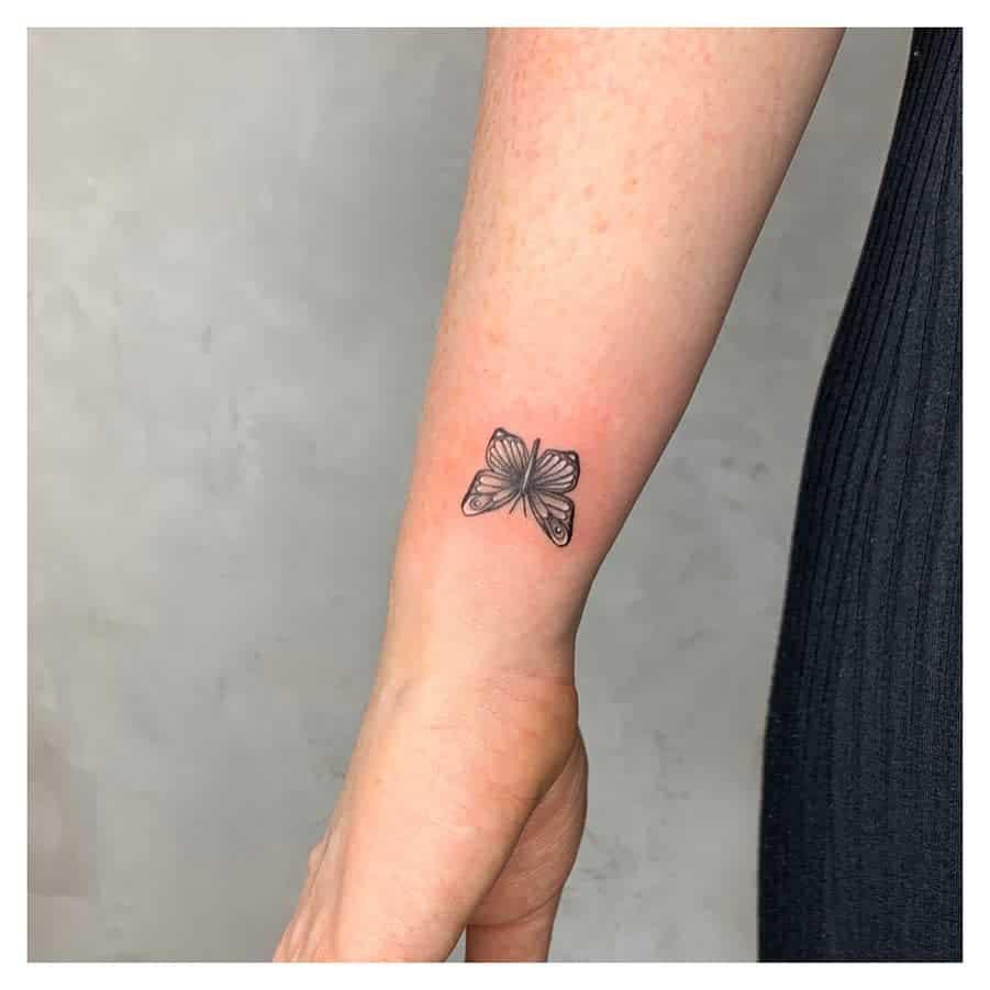 Small Butterfly Wrist Tattoos Hayl.tattoo