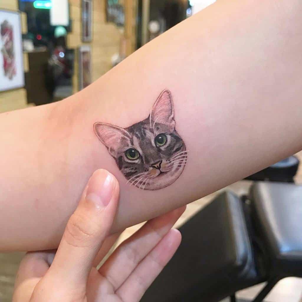 Small Cat Upperarm Tattoos 2 meilu_928