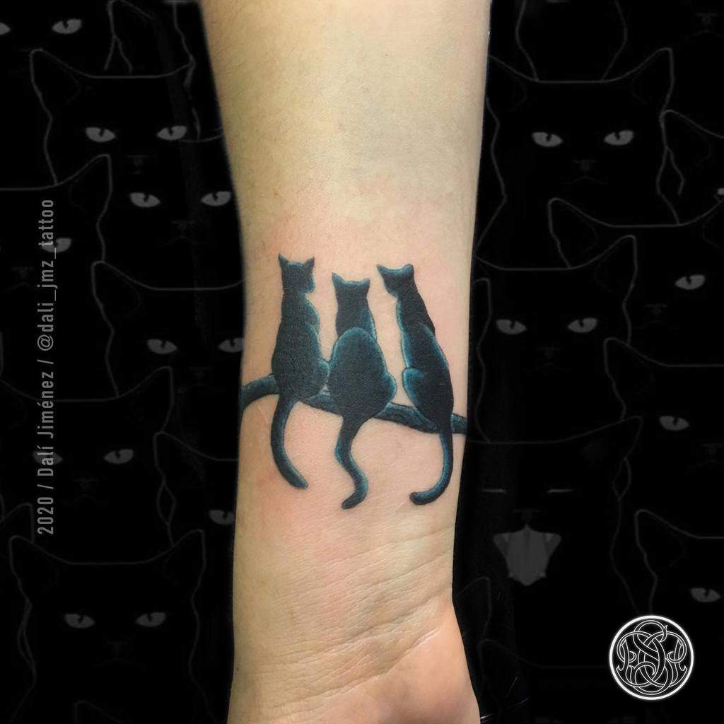 Small Cat Wrist Tattoos dali_jmz_tattoo