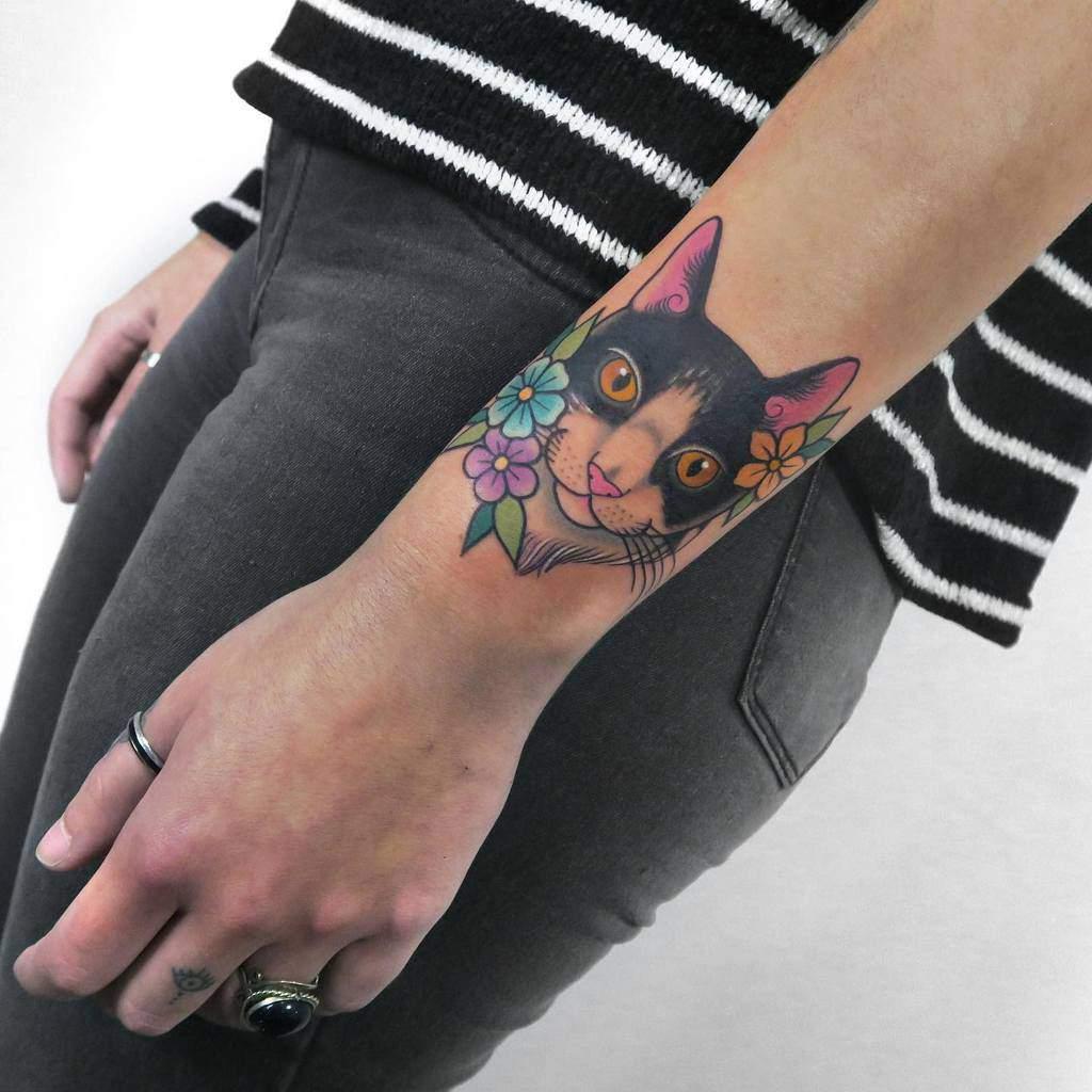 Small Cat Wrist Tattoos lamagatattooer