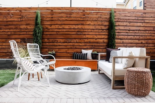 Small DIY Backyard Ideas -camille.kurtz