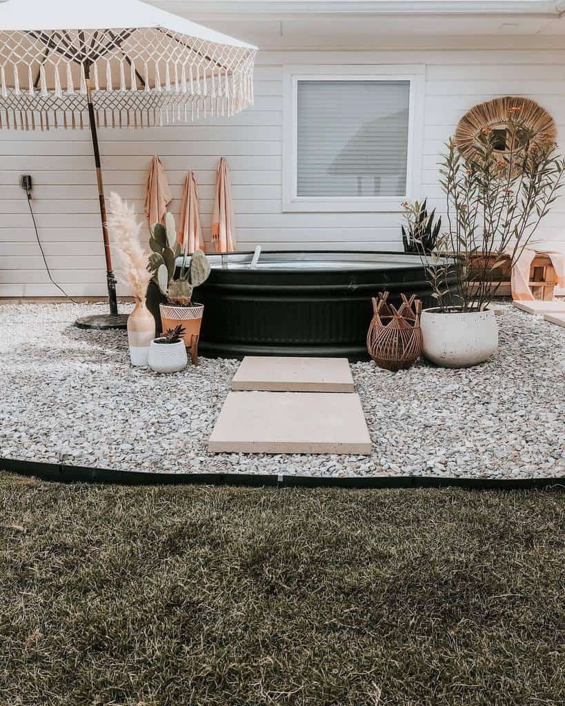 Small DIY Backyard Ideas -stayathomewithchelsea