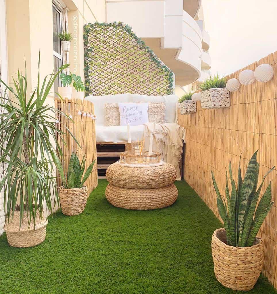 Small Deck Decorating Ideas -decoracionlira