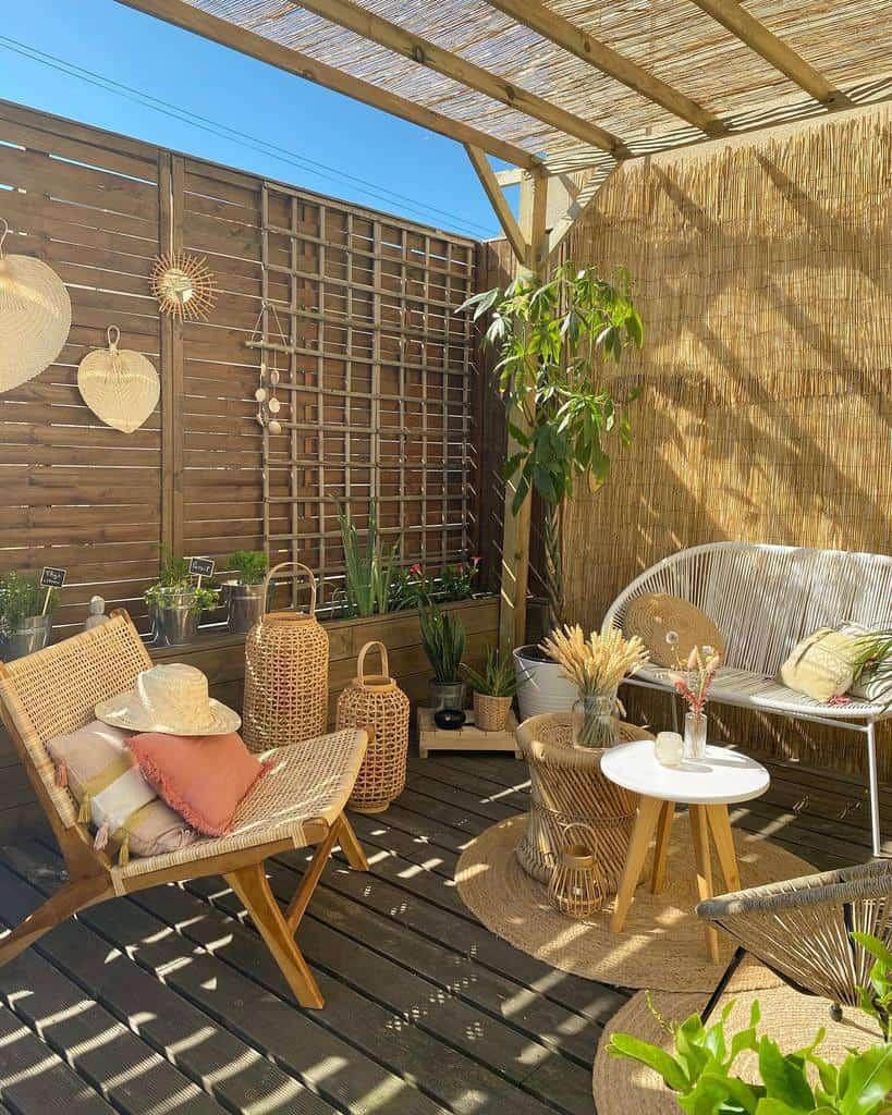 Small Deck Decorating Ideas -sassa_mila