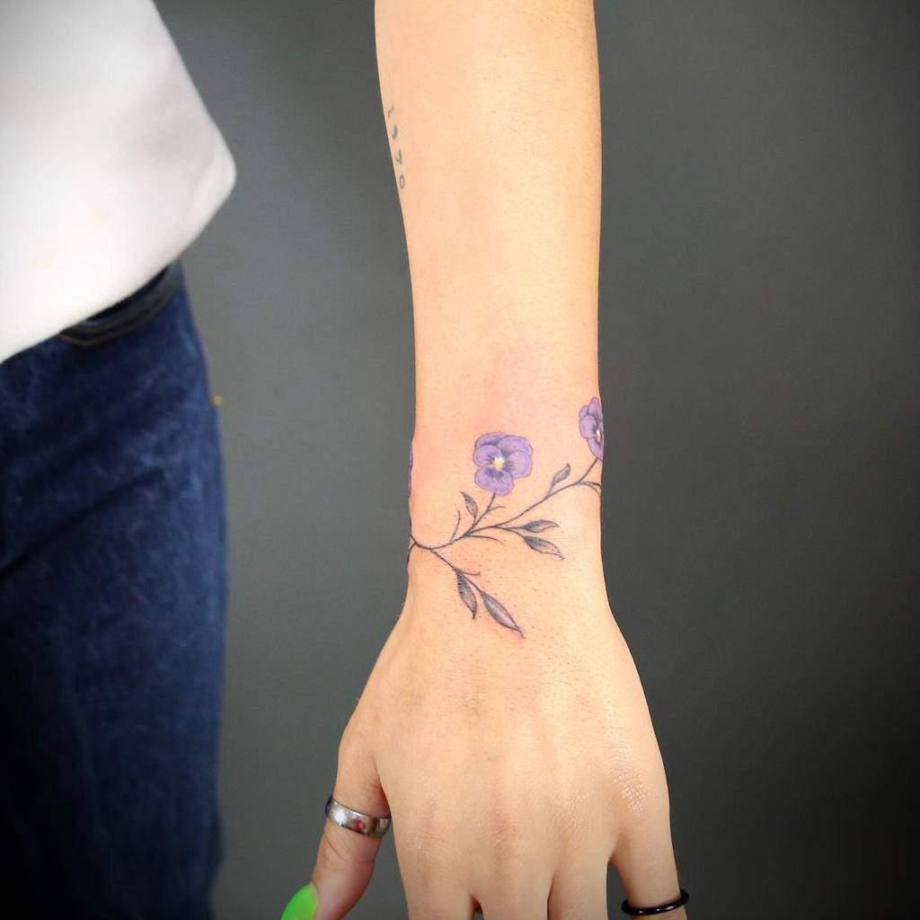 Small Flower Wrist Tattoos Danielsosotattoos